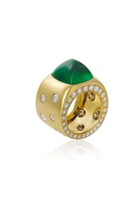 AN EMERALD AND DIAMOND RING, BY SABBADINI
