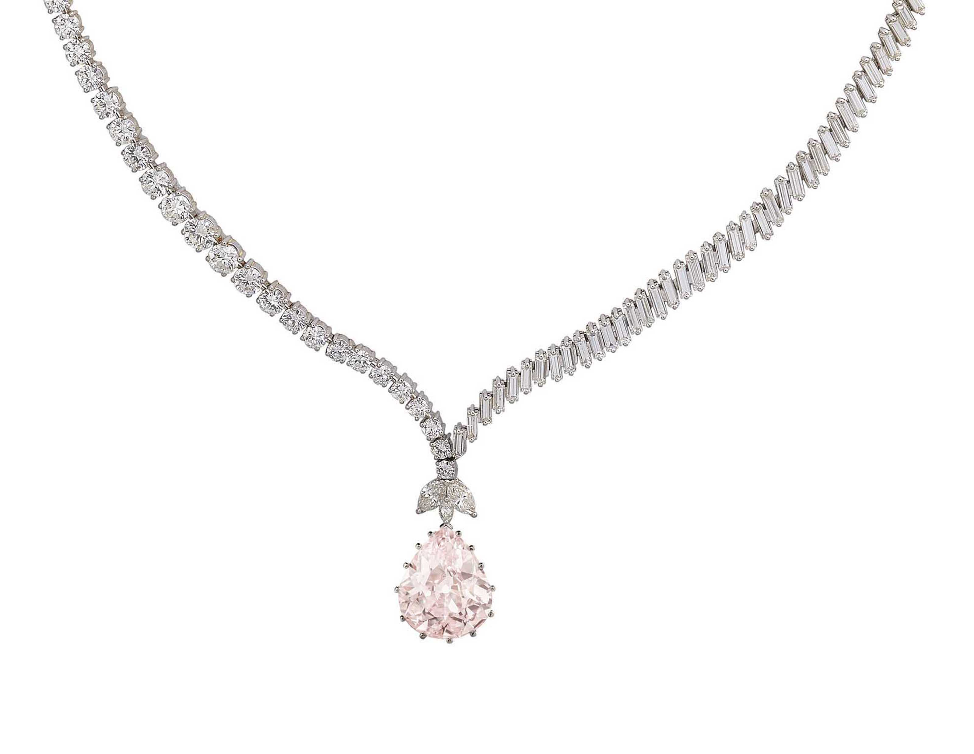 jewellery pearl suites luxury suite exceptional jewellers fancy diamond and necklace neck moussaieff