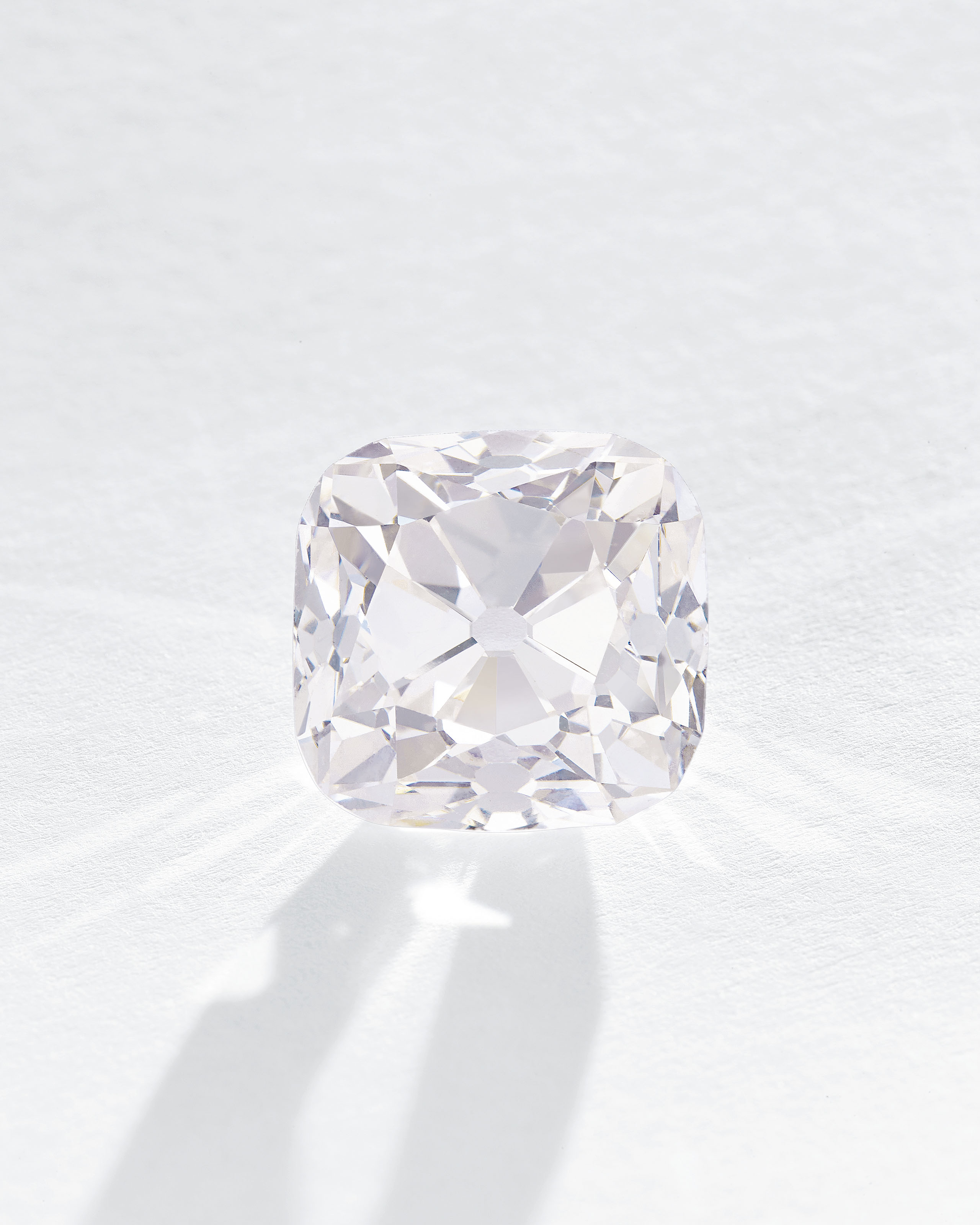 LE GRAND MAZARIN AN HISTORIC COLOURED DIAMOND