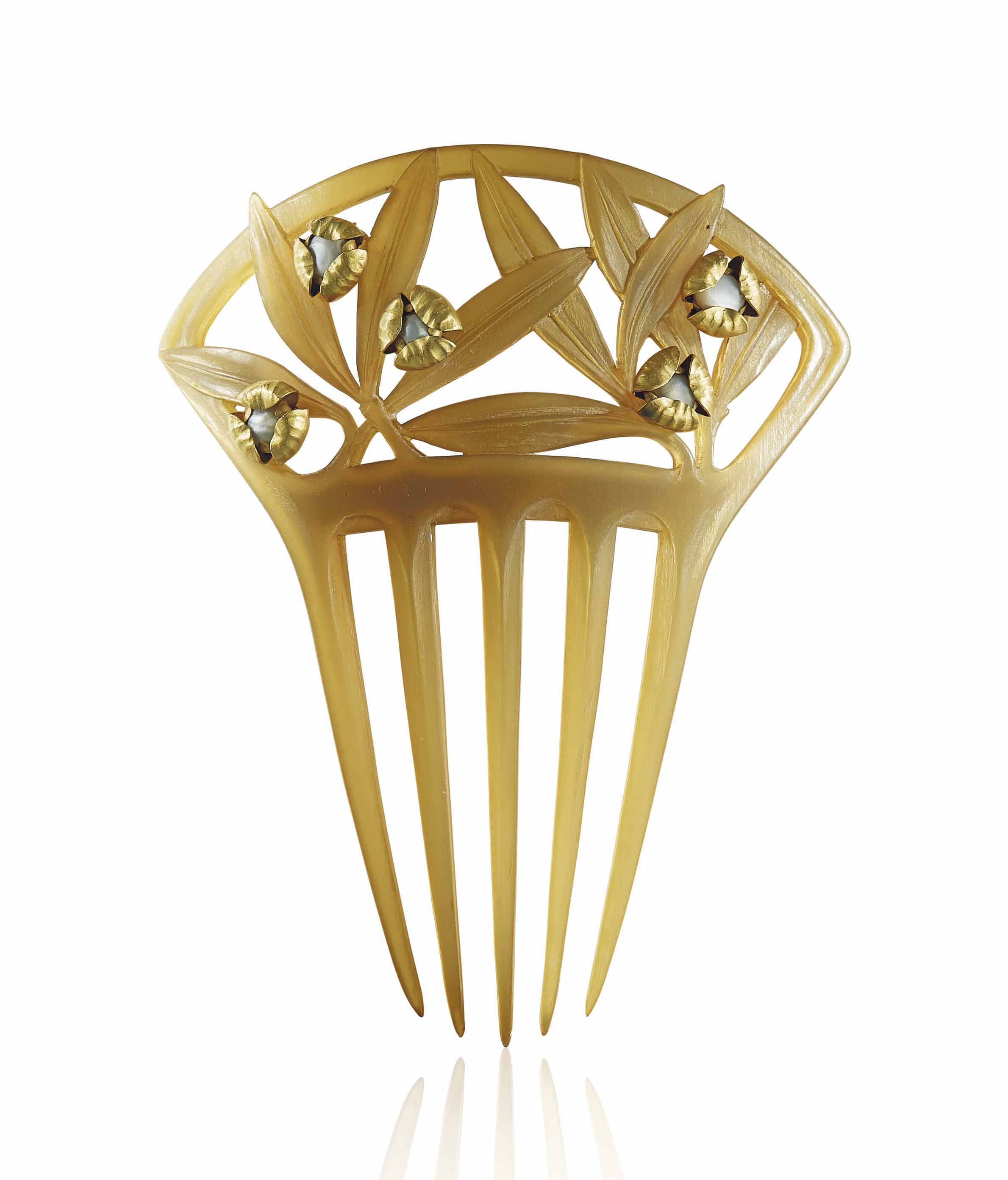 AN ART NOUVEAU OX HORN AND PEARL AND GOLD HAIR COMB, BY LUCIEN GAILLARD