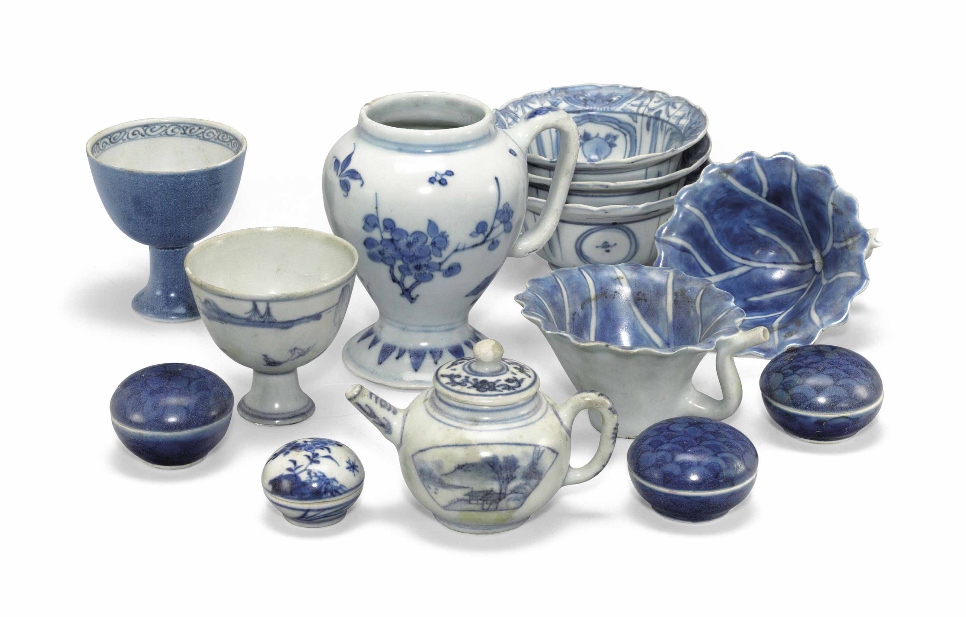 A GROUP OF SMALL 'HATCHER CARGO' BLUE AND WHITE WARES