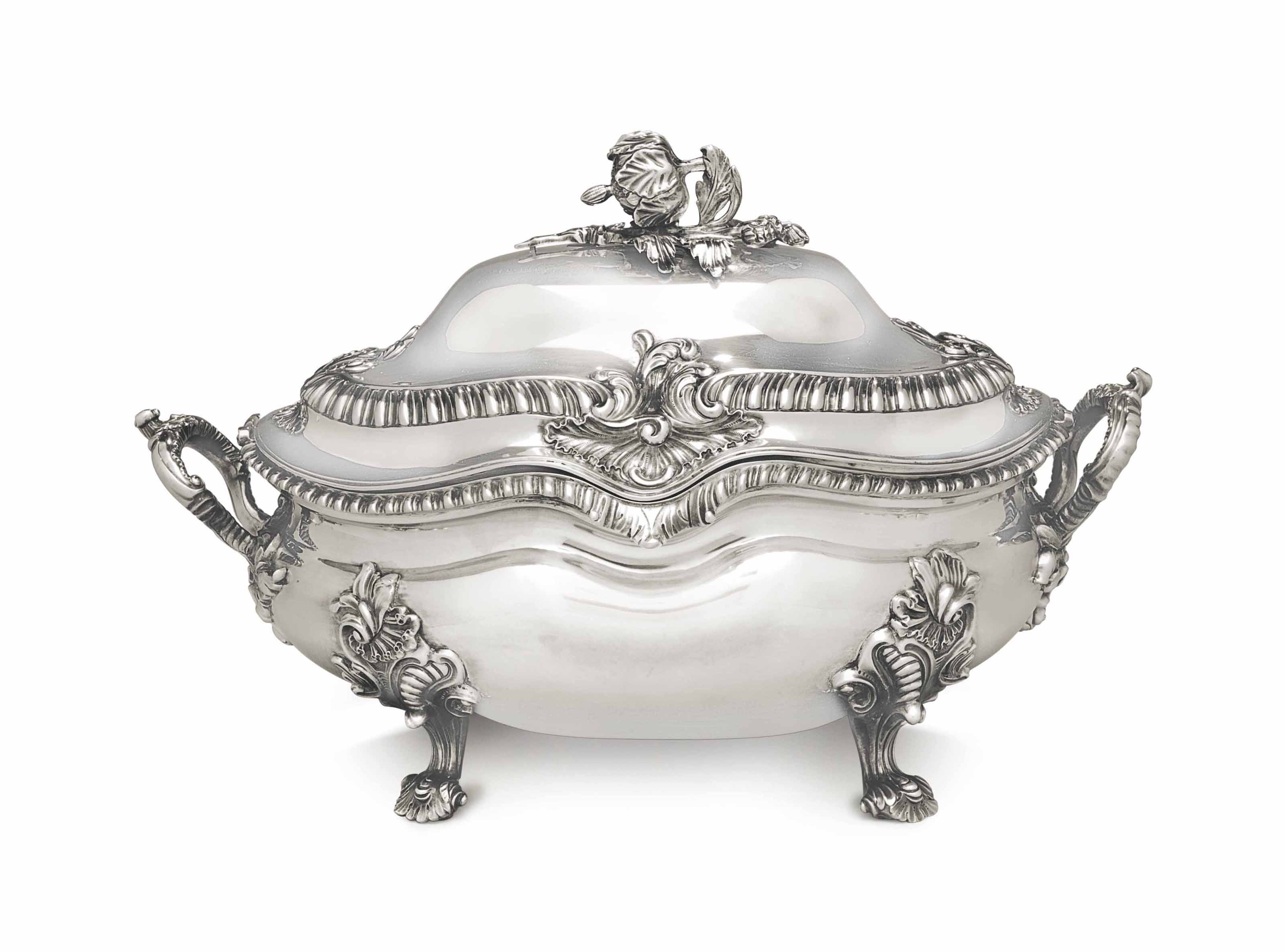 A VICTORIAN SILVER SOUP TUREEN AND COVER