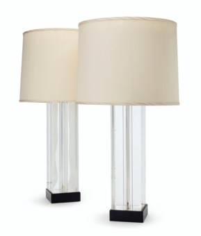 A PAIR OF LUCITE TABLE LAMPS BY WILLIAM HAINES