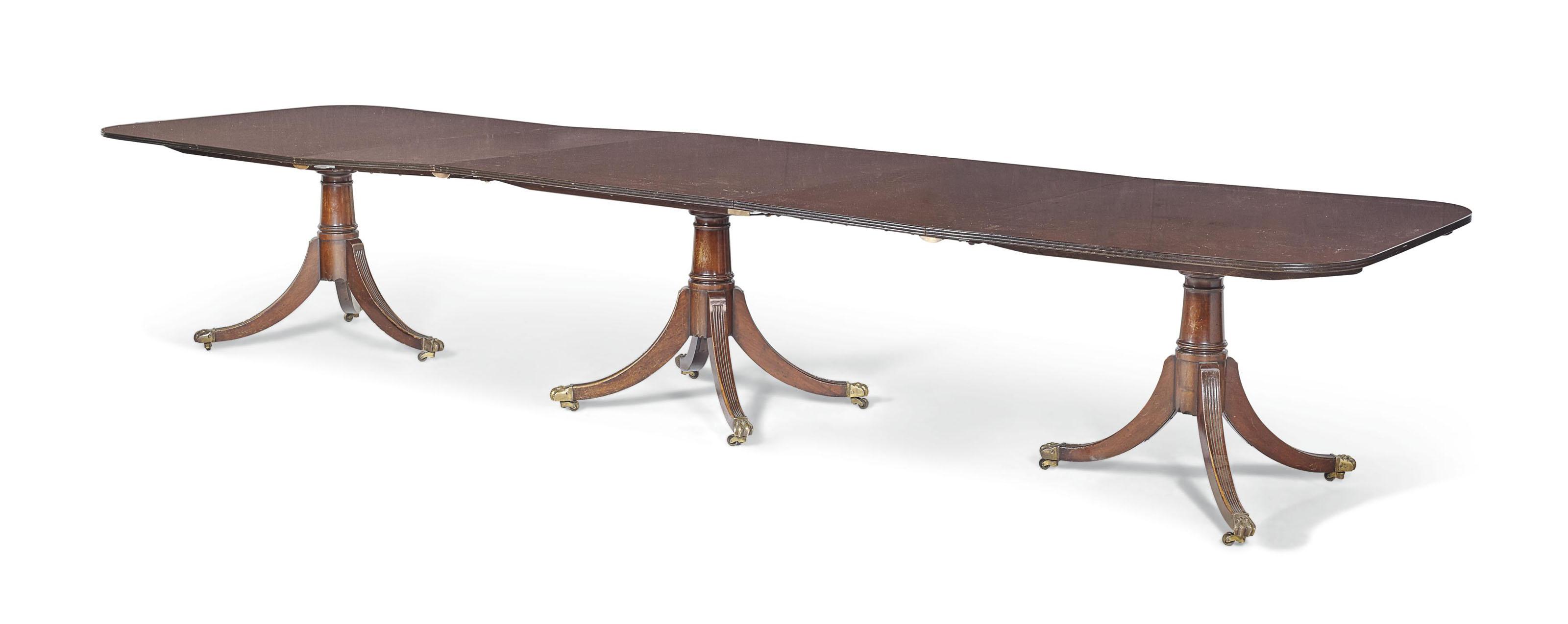 Table De Salle Manger De Style Anglais Xxe Siecle Furniture