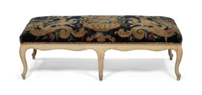 banquette de style louis xv la moquette d 39 epoque louis xiv christie 39 s. Black Bedroom Furniture Sets. Home Design Ideas