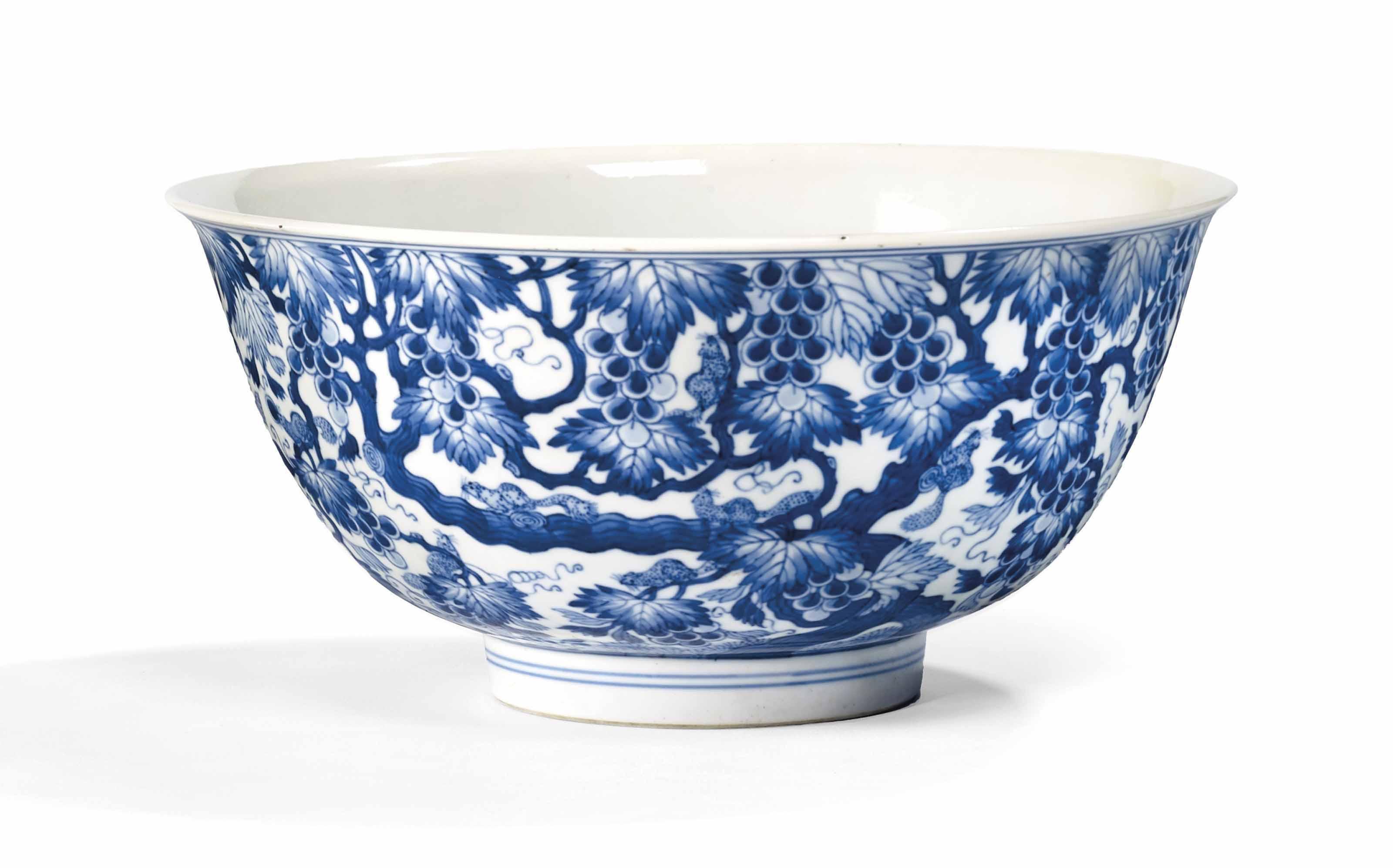 grand bol en porcelaine bleu blanc chine dynastie qing marque a six caracteres en cachet en. Black Bedroom Furniture Sets. Home Design Ideas