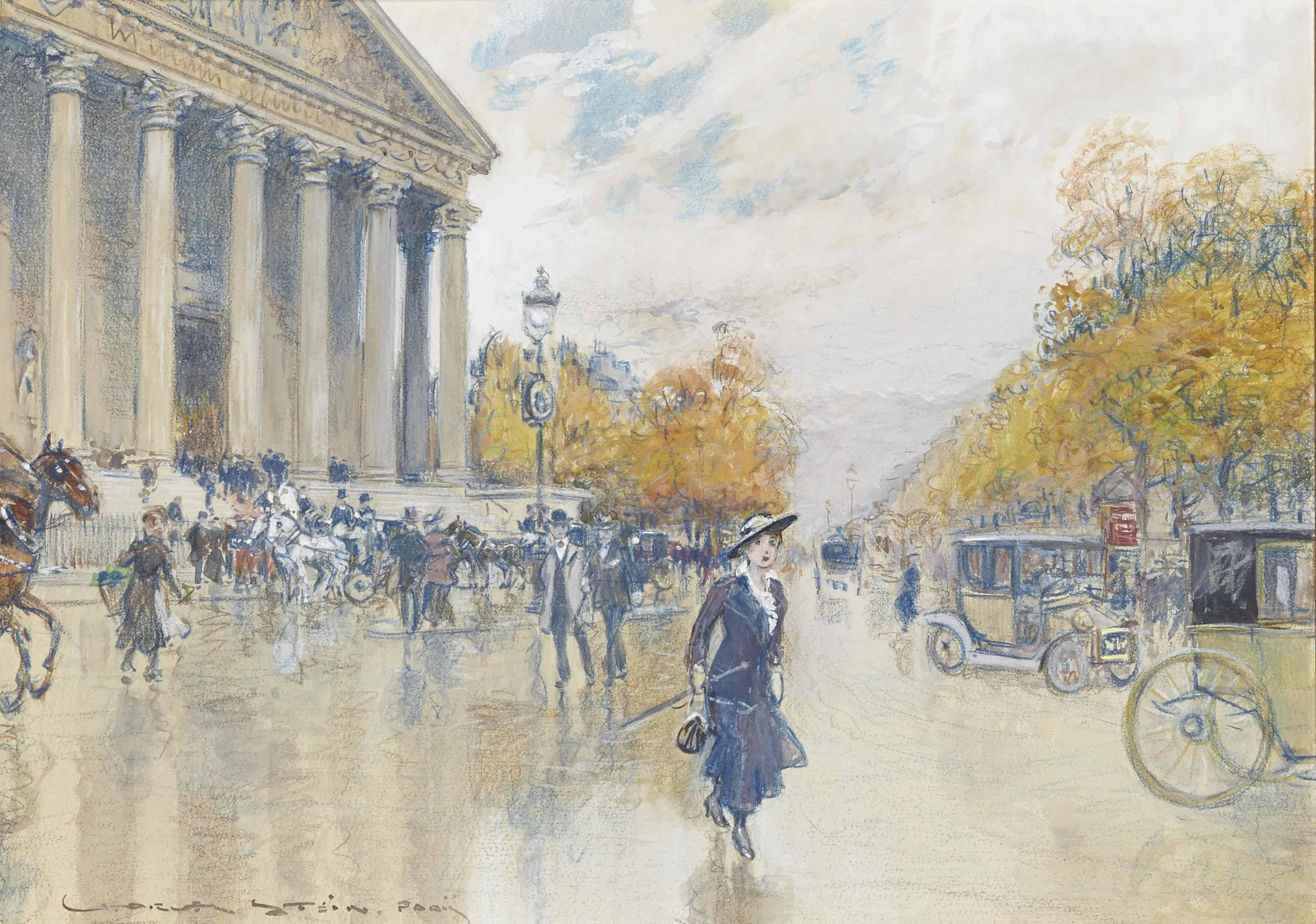 Elegante sur la place de la Madeleine a Paris