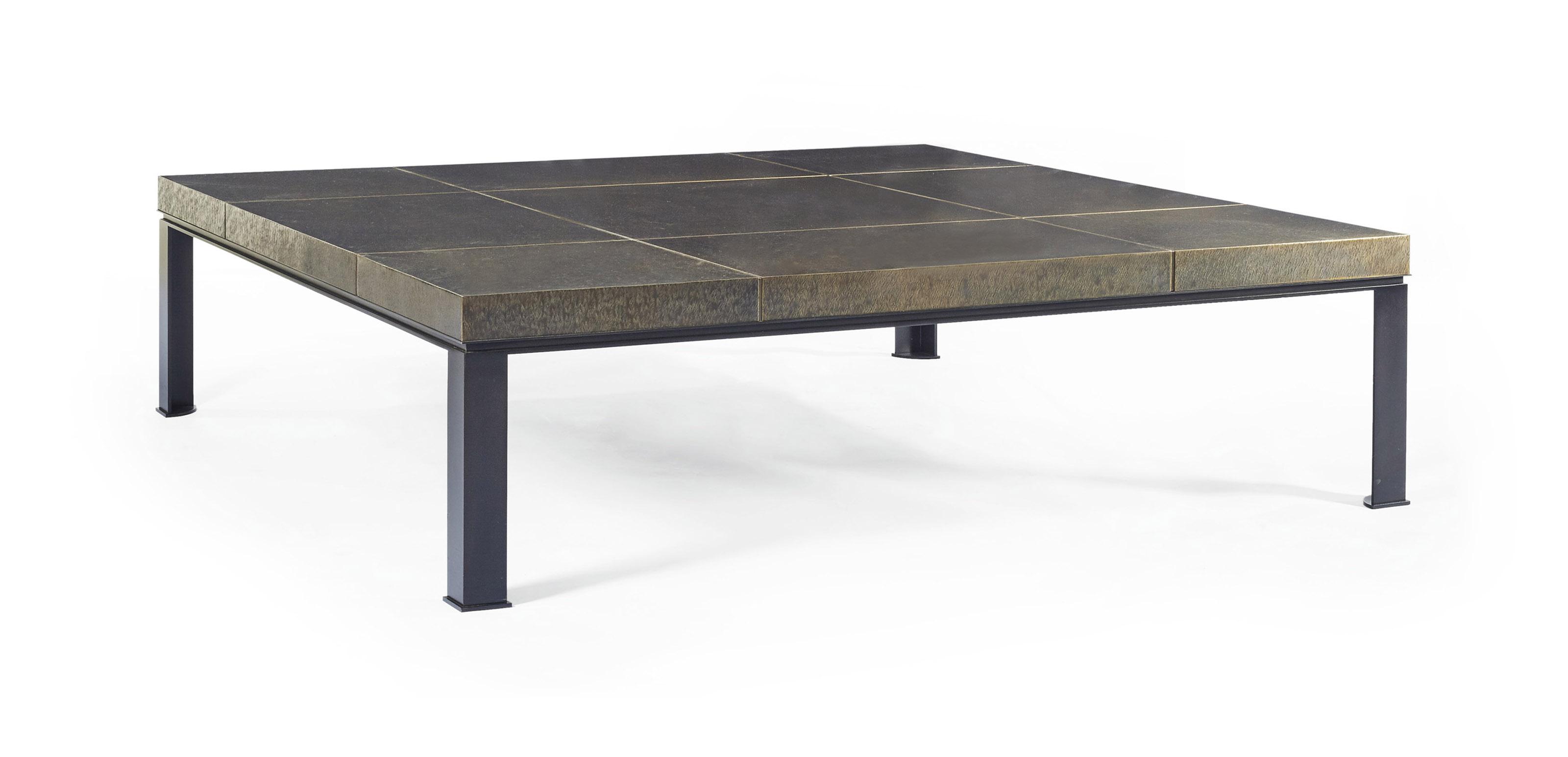 dans le gout de peter marino ne en 1949 table basse christie 39 s. Black Bedroom Furniture Sets. Home Design Ideas