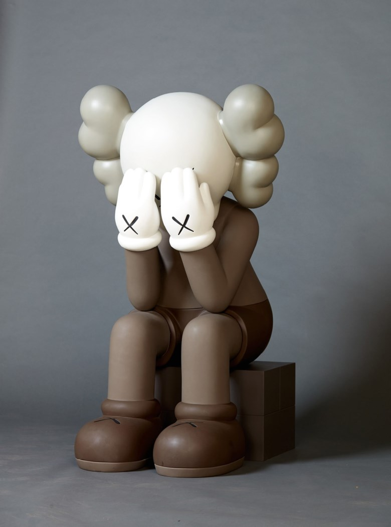 KAWS (American, b. 1974), COMPANION (PASSING THROUGH), executed in 2011. Painted bronze. 120 x 79.5 x 71  cm (47¼ x 31¼ x 28  in). Sold for CNY 2,640,000 on 24 September 2017 at Christie's in The Peninsula Hotel Shanghai. Artwork © KAWS
