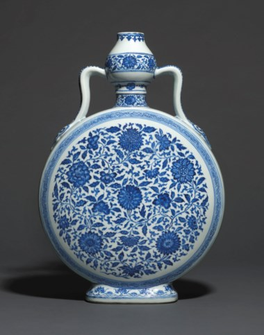 A rare large Ming-style blue and white moonflask, bianhu, Yongzheng six-character seal mark in underglaze blue and of the period (1725-1735). 20⅞  in (53  cm) high. Sold for £1,448,750 on 6 November 2018 at Christie's in London