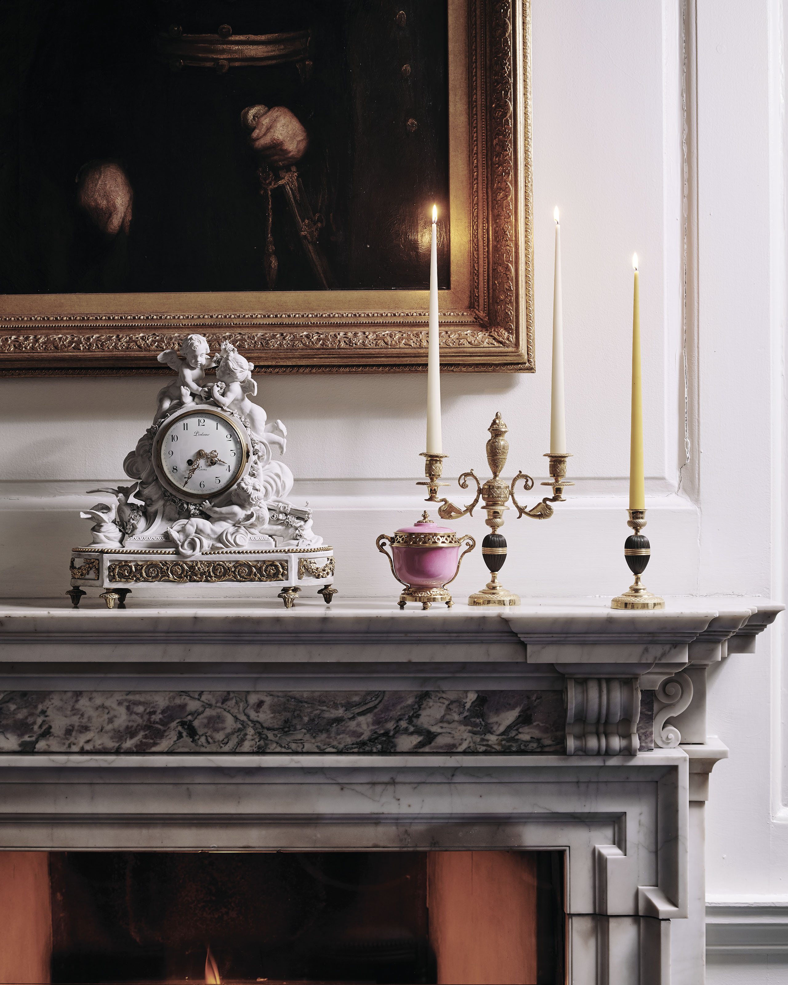 A FRENCH ORMOLU-MOUNTED BISCUI