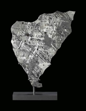MOUNT DOOLING METEORITE SLICE — EXOTIC AUSTRALIAN IRON METEO
