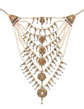 A GEM-SET GOLD AND ENAMELLED SEVEN-STRAND NECKLACE (SATLARA)