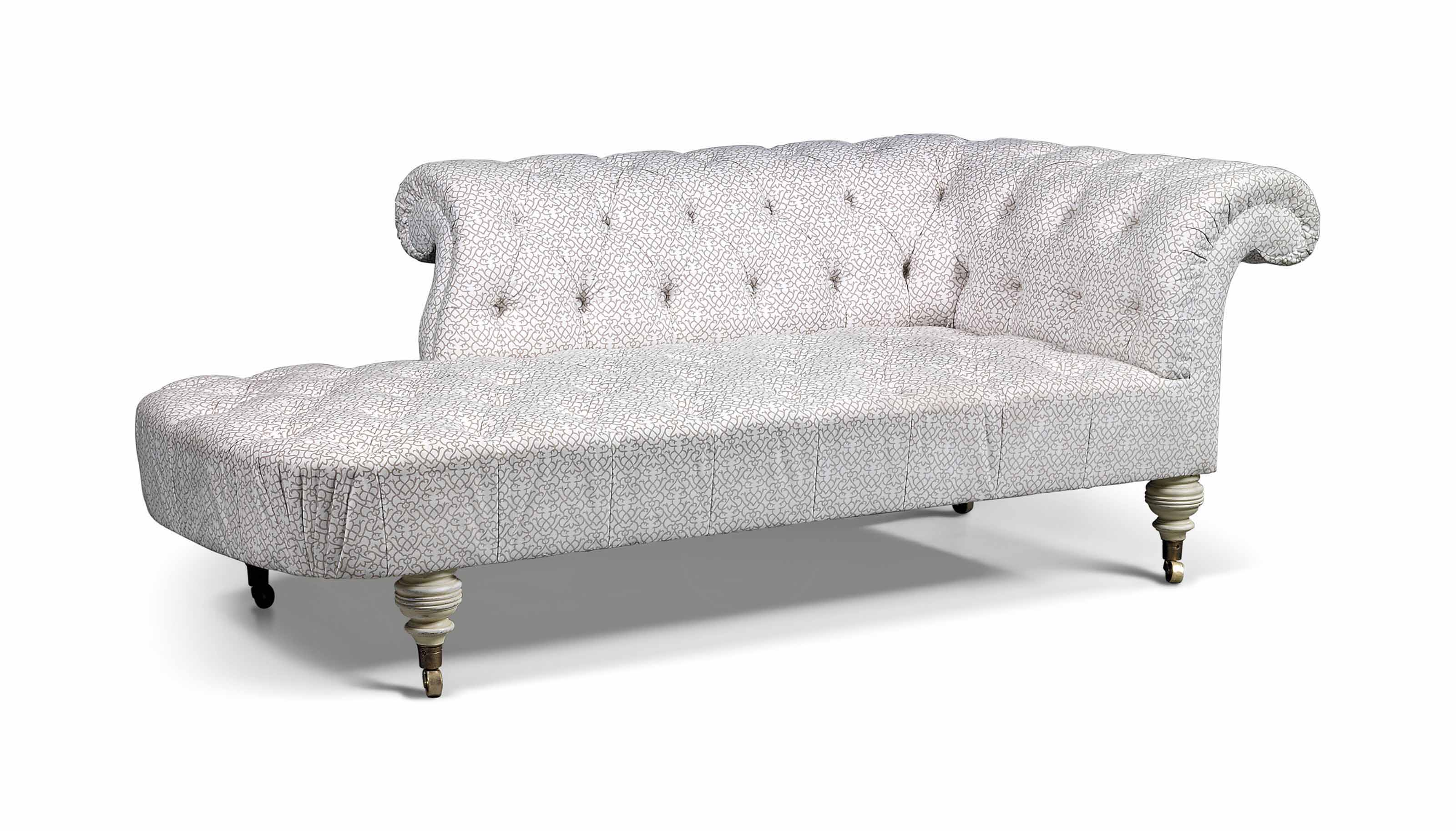 A WHITE-PAINTED 'CHESTERBED' CHAISE LONGUE