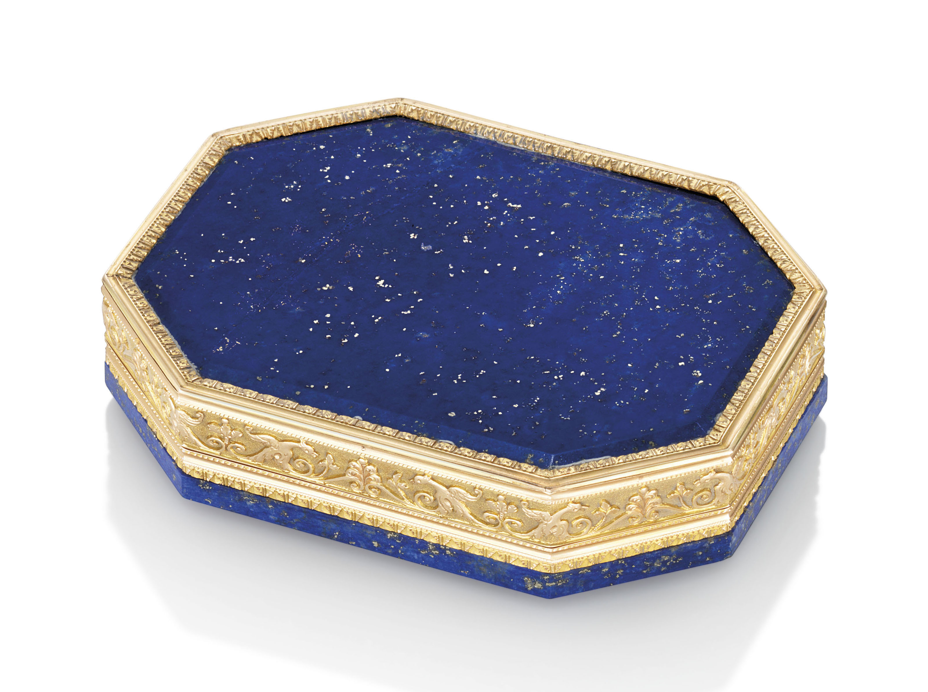 AN AUSTRIAN GOLD-MOUNTED HARDSTONE SNUFF-BOX