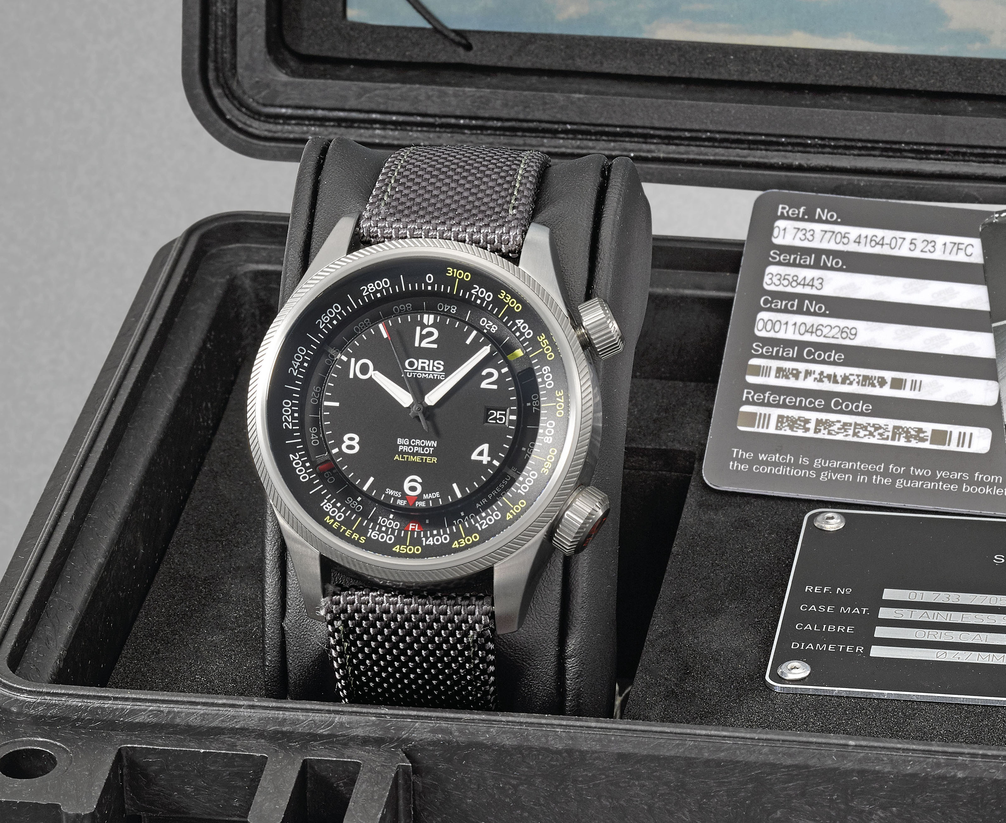ORIS. A STAINLESS STEEL AUTOMATIC WRISTWATCH WITH DATE, ALTIMETER, ORIGINAL GUARANTEE AND BOX
