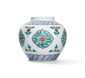 A CHENGHUA-STYLE DOUCAI JAR