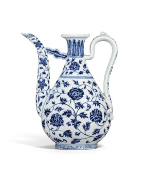 AN EXCEPTIONAL EARLY-MING BLUE AND WHITE 'PEONY SCROLL' EWER