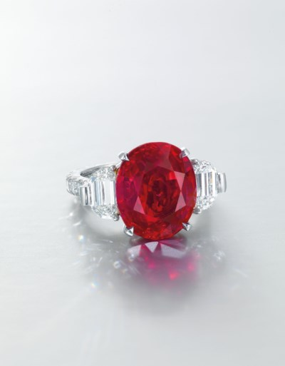 SUPERB RUBY AND DIAMOND RING