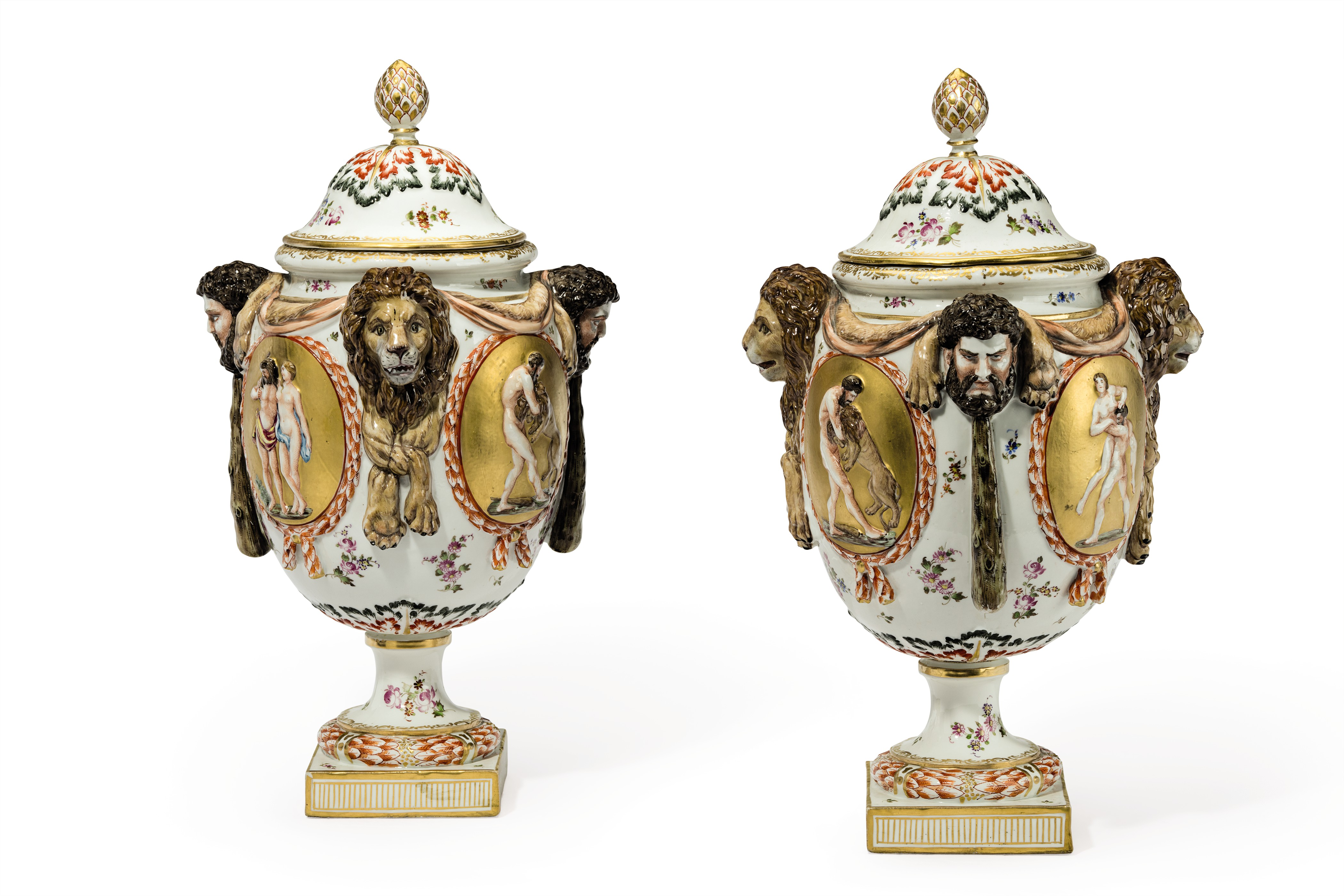 A PAIR OF CAPODIMONTE STYLE PORCELAIN VASES AND COVERS