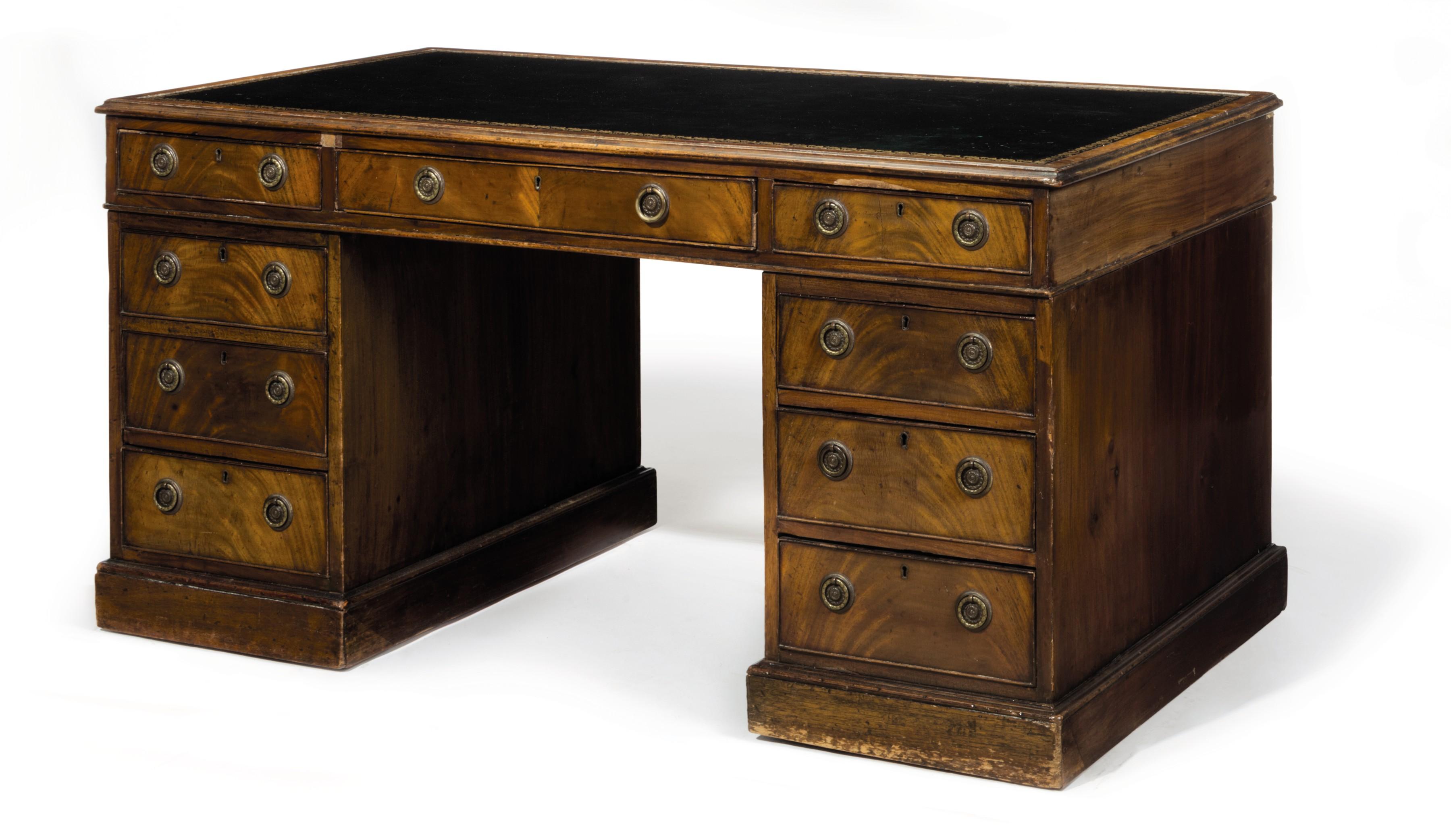 A Victorian Gany Pedestal Desk