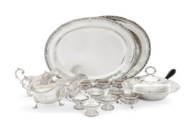 A GROUP OF GEORGE VI SILVER SERVING WARES