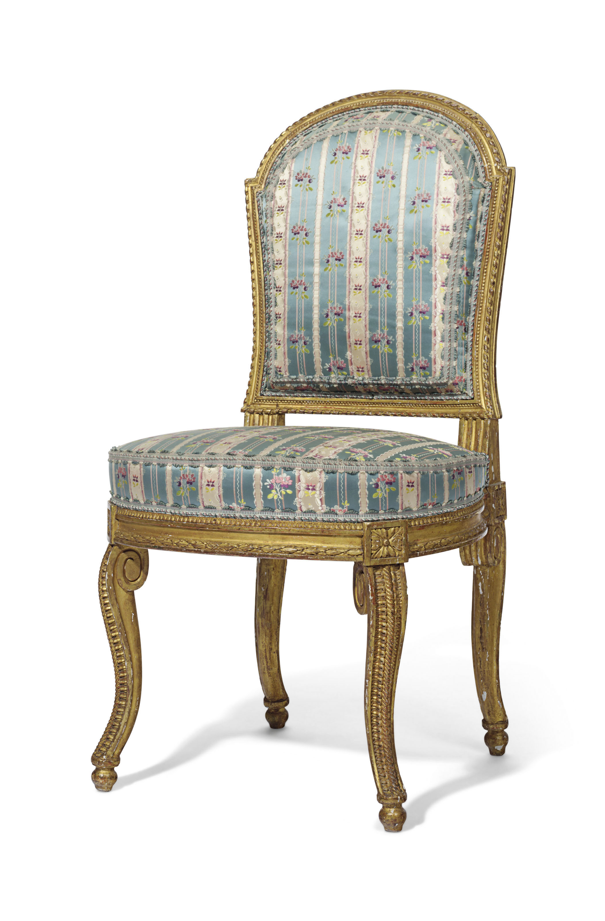 A LATE LOUIS XV GILTWOOD CHAISE