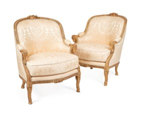 A PAIR OF FRENCH GILTWOOD BERGERES