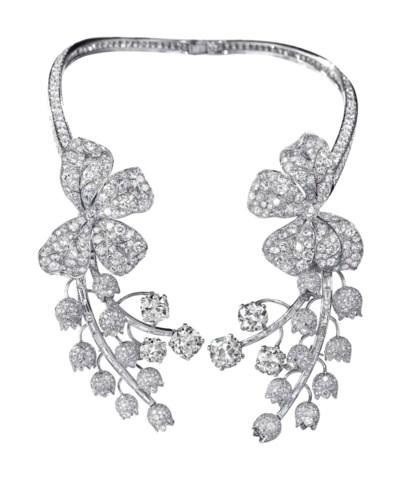 AN EXQUISITE DIAMOND NECKLACE,