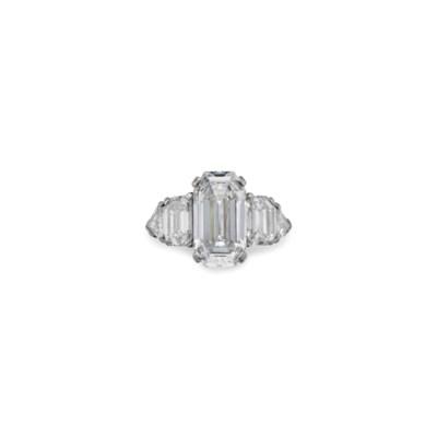 A DIAMOND RING, BY RAYMOND YAR