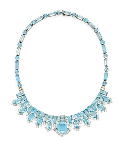 EXQUISITE ART DECO AQUAMARINE