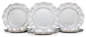 A SET OF TWELVE CONTINENTAL SILVER DINNER PLATES