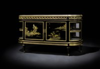 A PAIR OF FINE FRENCH ORMOLU-MOUNTED JAPANESE LACQUER AND EBONIZED COMMODES A L'ANGLAIS