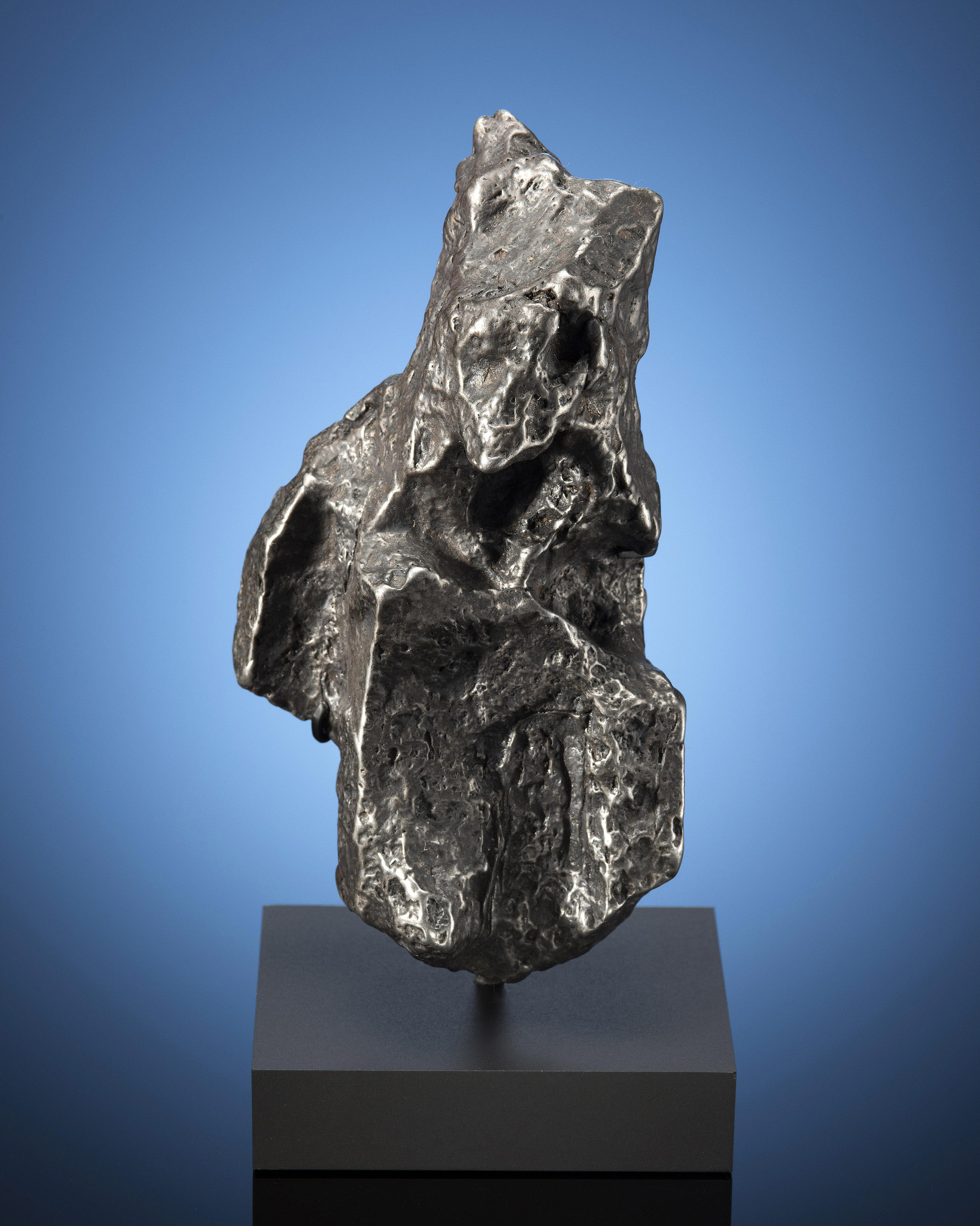 CAMPO DEL CIELO METEORITE — AESTHETIC OTHERWORLDLY TOTEM-SCULPTURE