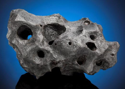 MATCHLESS CANYON DIABLO METEORITE — NATURAL SCULPTURE FROM OUTER SPACE