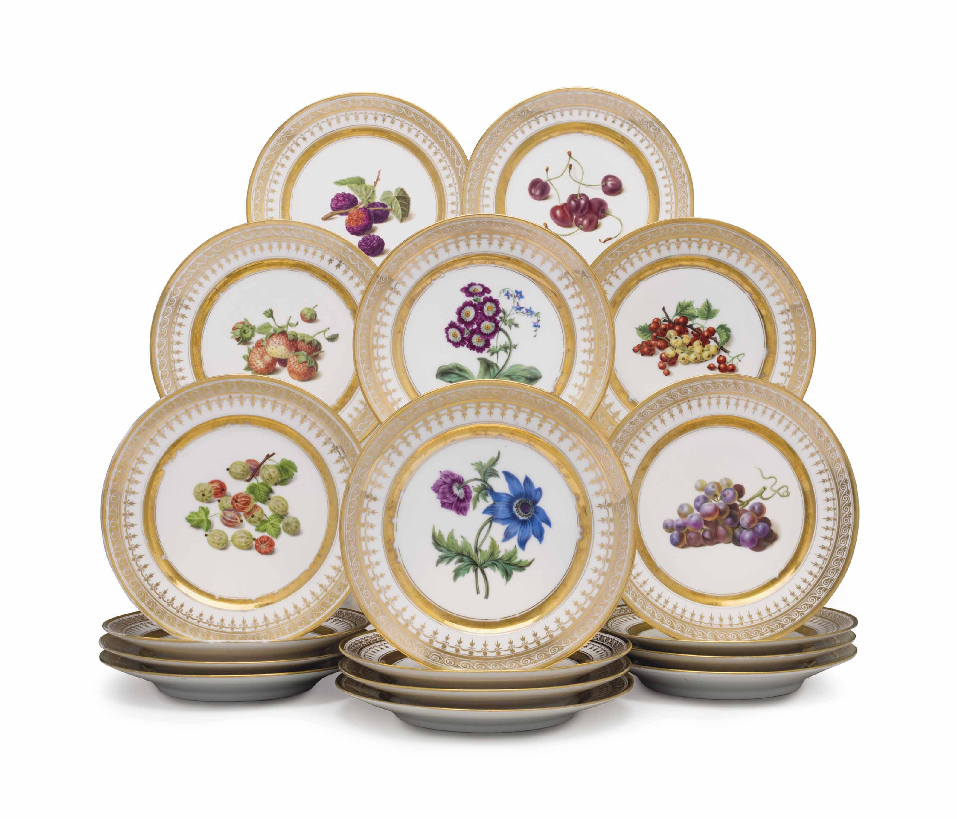 EIGHTEEN PARIS (FEUILLET) PORC  sc 1 st  Christieu0027s & EIGHTEEN PARIS (FEUILLET) PORCELAIN DESSERT PLATES | CIRCA 1820 ...