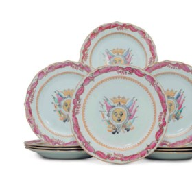A SET OF TWELVE CHINESE EXPORT SPANISH MARKET ARMORIAL PLATES