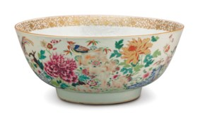 A CHINESE EXPORT LARGE FAMILLE ROSE PUNCH BOWL