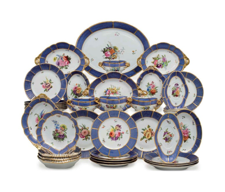 A Spode porcelain blue-ground part dinner and dessert service, circa 1810, Spode marks in various colors, pattern no. 1182. 20⅛  in (51.1  cm) wide, the oval platter. Estimate $12,000-18,000. This lot is offered in The Collection of David and Peggy Rockefeller English & European Furniture, Ceramics & Decorations, Part II on 10 May at Christie's in New York
