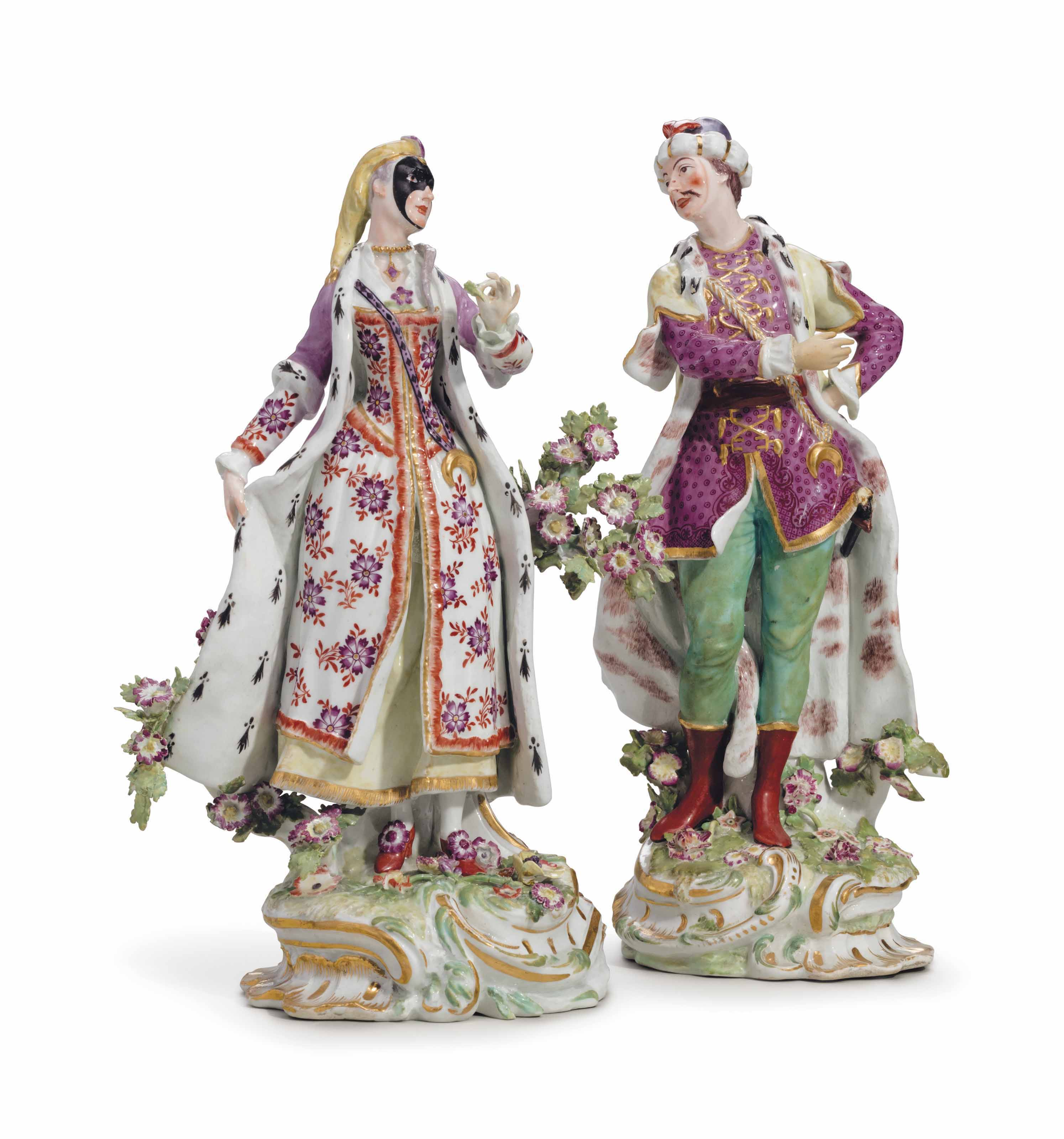 A PAIR OF CHELSEA PORCELAIN FIGURES OF VAUXHALL SINGERS