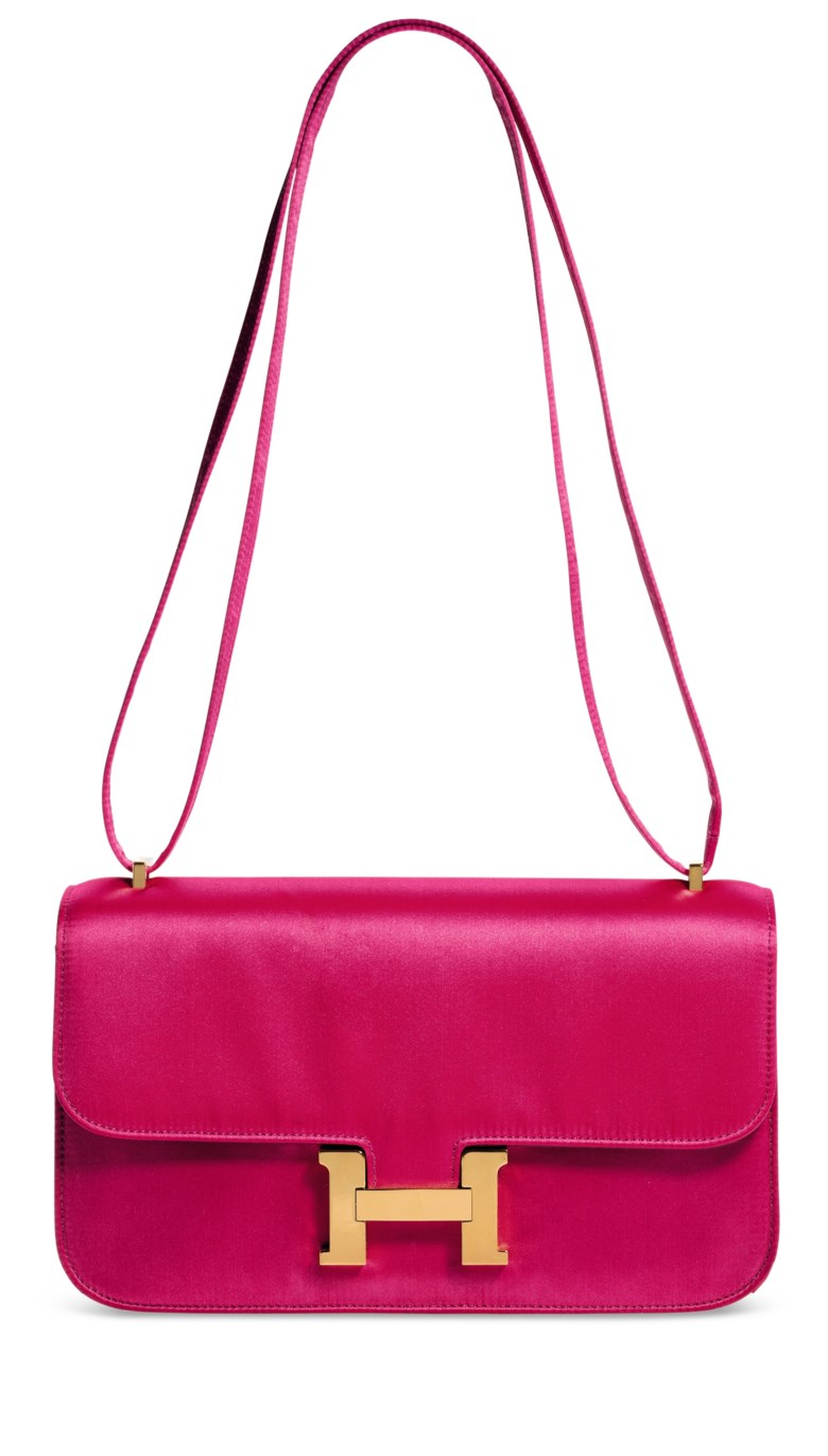 6cd63d613950 3. Handbags in bright colours