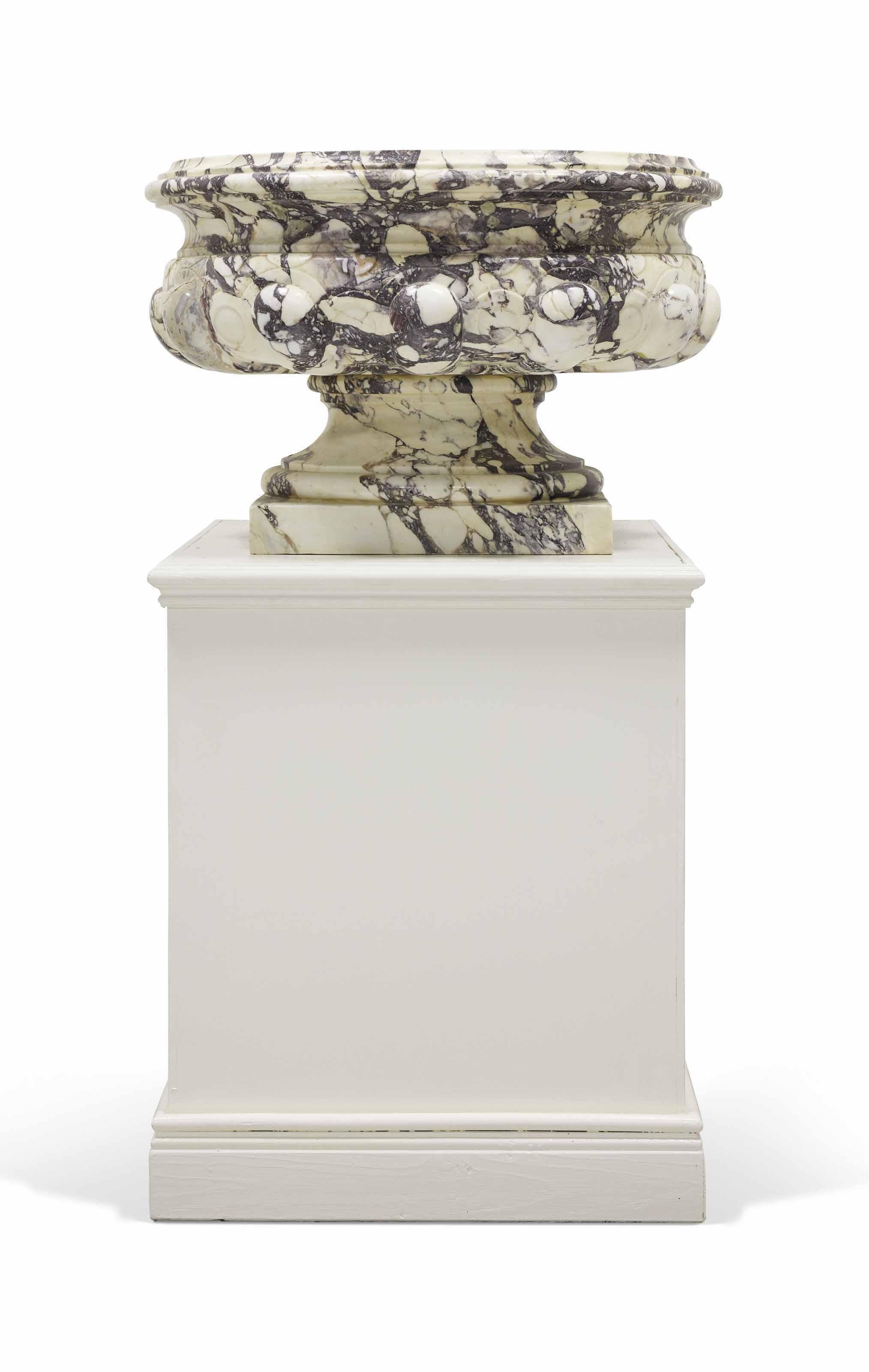 VASQUE MONUMENTALE DE STYLE LOUIS XIV   vases, marble   Christie\'s