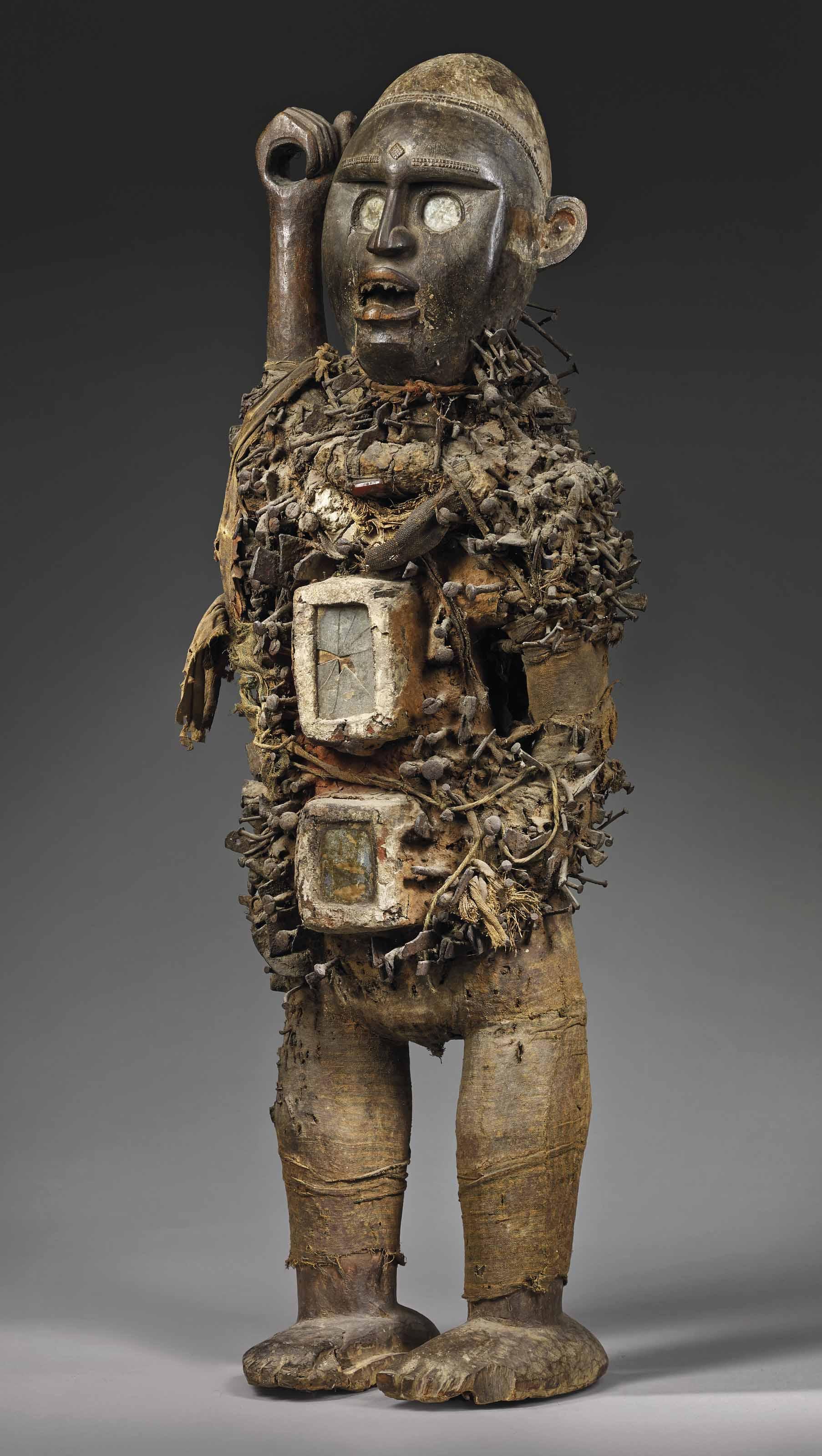 刚果永比族雕像,《刚果能量钉像》,能量像,刚果民主共和国。高 95 公分(37 12 英寸)。此拍品于2018年6月27日在佳士得巴黎售出,成交价727,500欧元