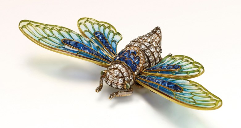 Art Nouveau enamel, sapphire and diamond brooch, Boucheron, 1902. Sold for €355,500 on 15 November 2018 at Christie's in Paris