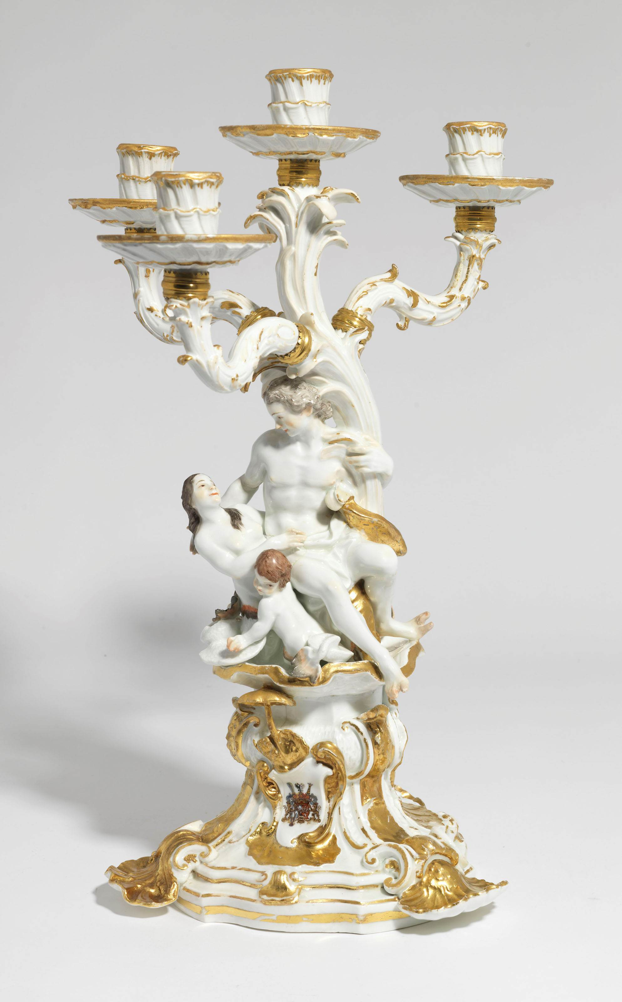 A MEISSEN PORCELAIN ARMORIAL FOUR-LIGHT CANDELABRUM FROM THE SWAN SERVICE