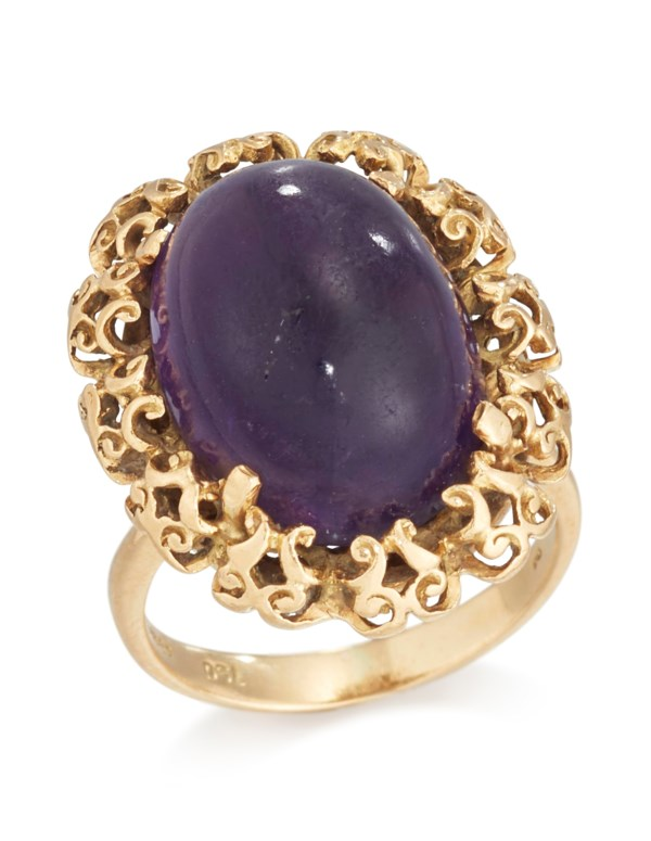 18 CARAT GOLD AND AMETHYST RING
