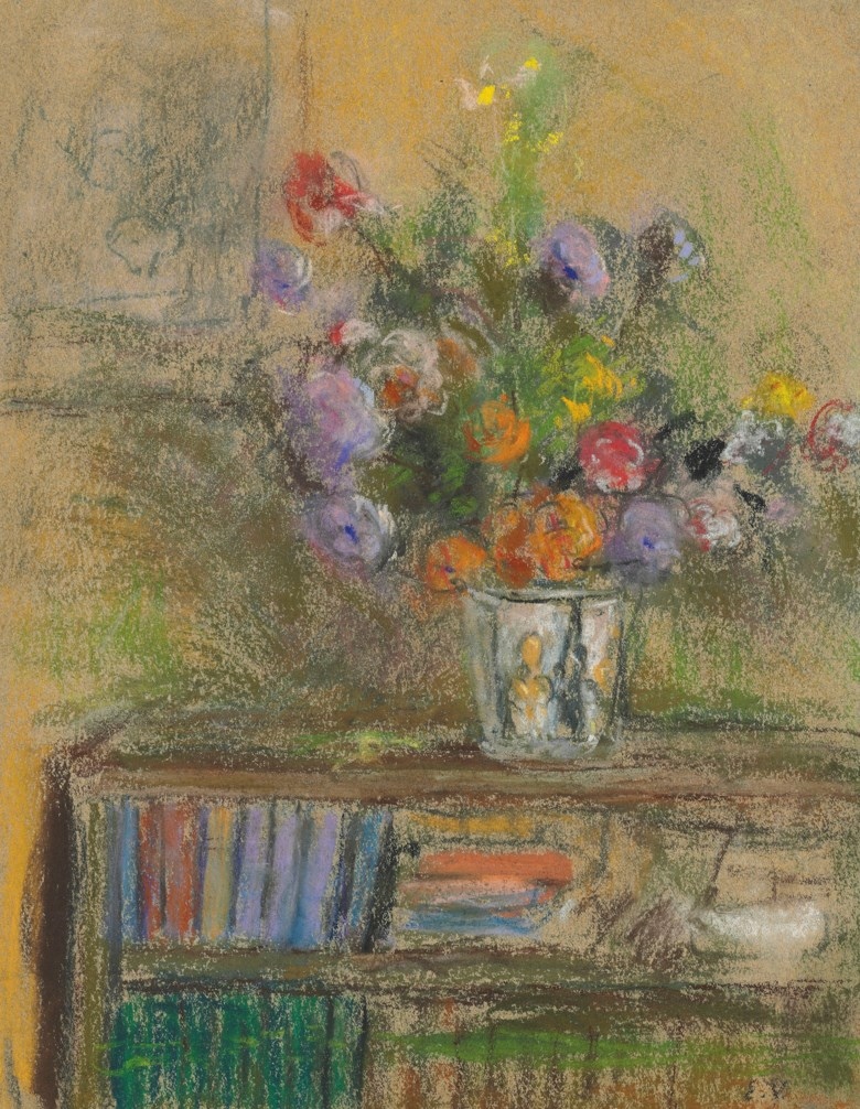 Édouard Vuillard (1868-1940), Nature morte au vase de fleurs, 1930-1932. 12¾ x 9¾  in (32.3 x 24.8  cm). Estimate £20,000-25,000. Offered in Impressionist and Modern Works on Paper on 28 February 2019 at Christie's in London