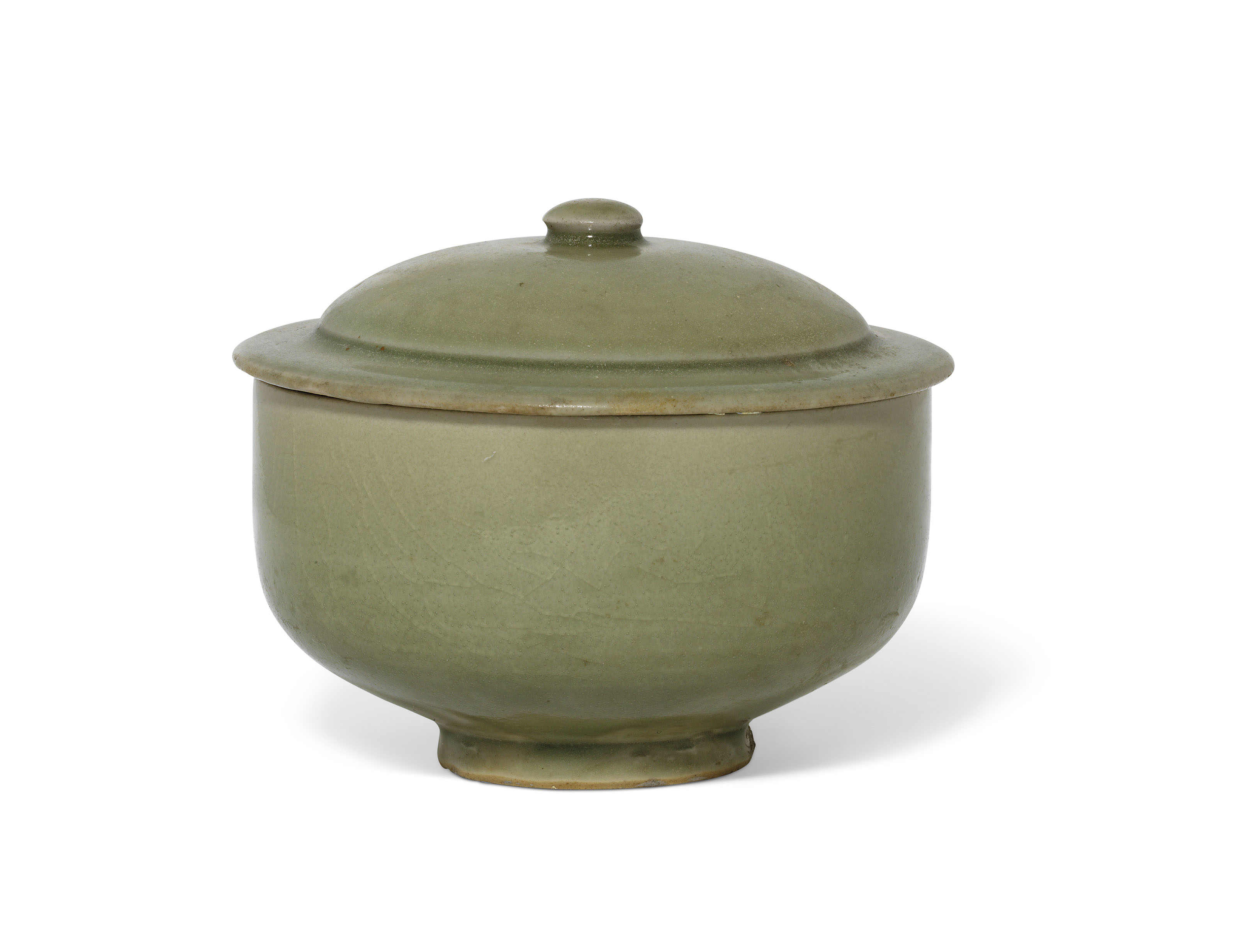 A YAOZHOU CELADON BOWL AND COVER