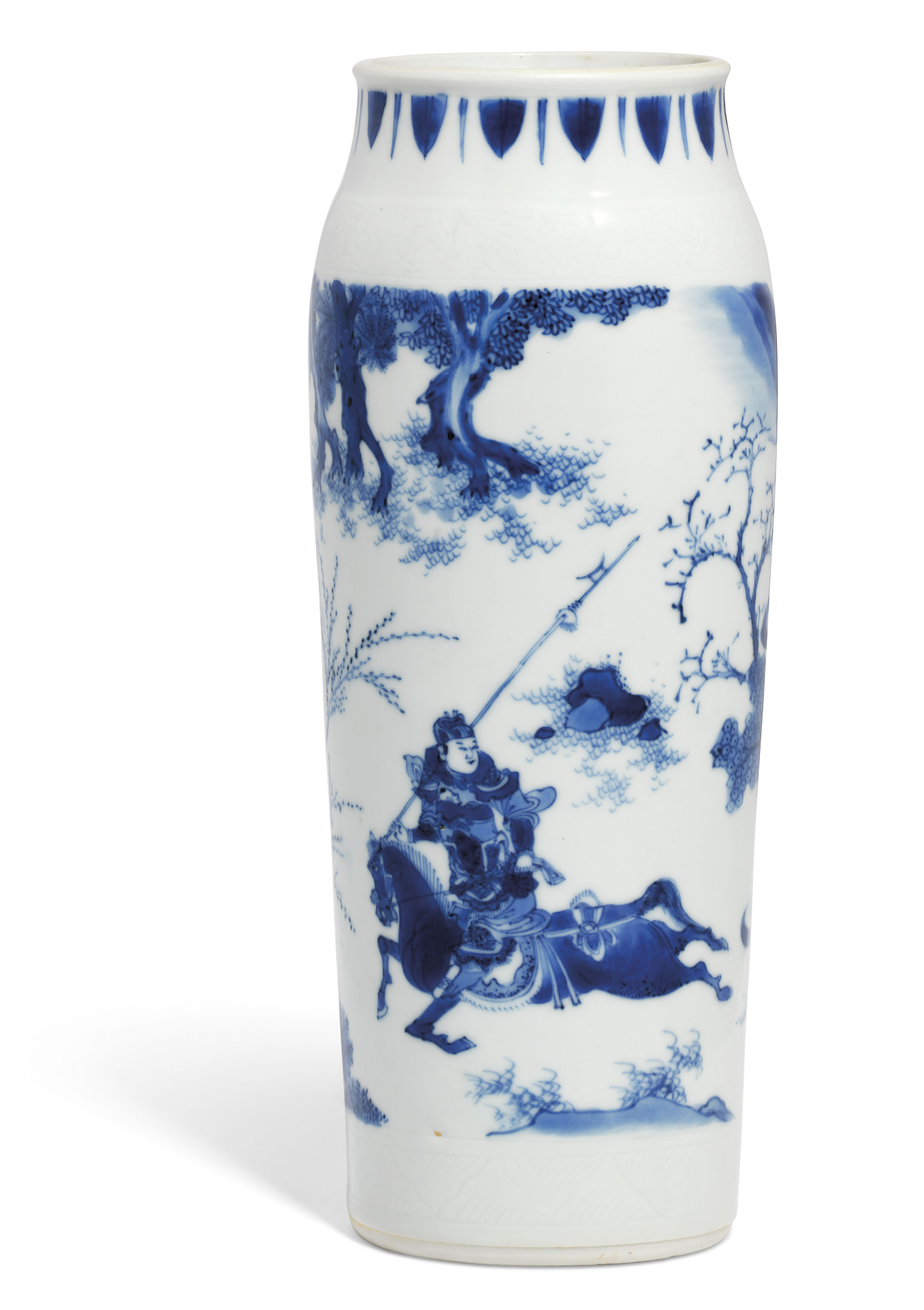 A BLUE AND WHITE 'FIGURAL' SLEEVE VASE