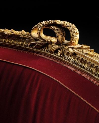 A PAIR OF ROYAL LOUIS XVI GILT
